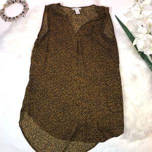 ❤️5/$25 H&M VNeck Sleeveless Blouse Leopard Animal